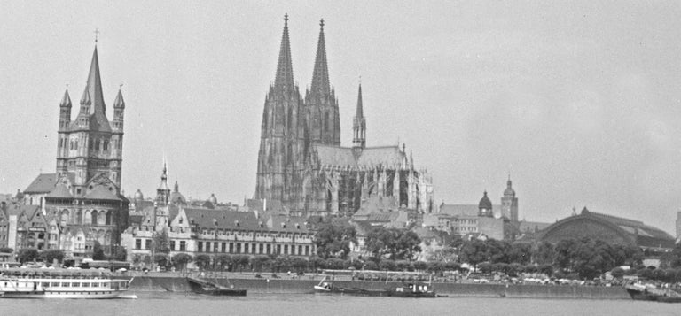 Cologne, Germany 1935, Printed Later - Photograph by Karl Heinrich Lämmel