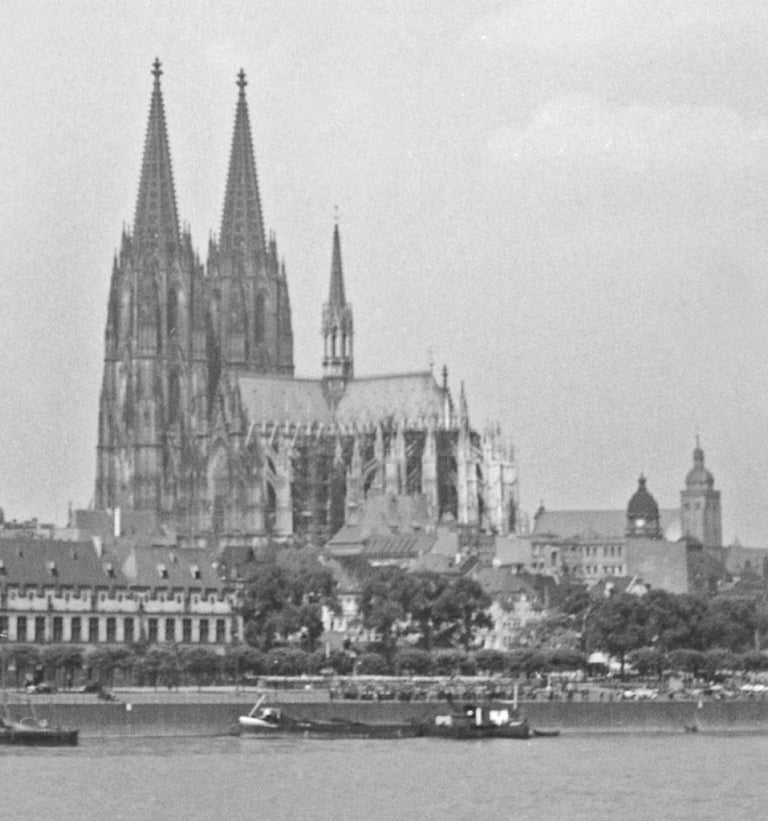 Cologne, Germany 1935, Printed Later - Modern Photograph by Karl Heinrich Lämmel