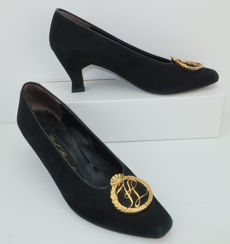 Karl Lagerfeld Black Suede Gold Logo Medallion Shoes Sz 7M, C.1990 In Fair Condition For Sale In Atlanta, GA