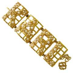 """Karl Lagerfeld Bracelet """"KARL"""" Gold Gilt Pearl,  New Never worn"""