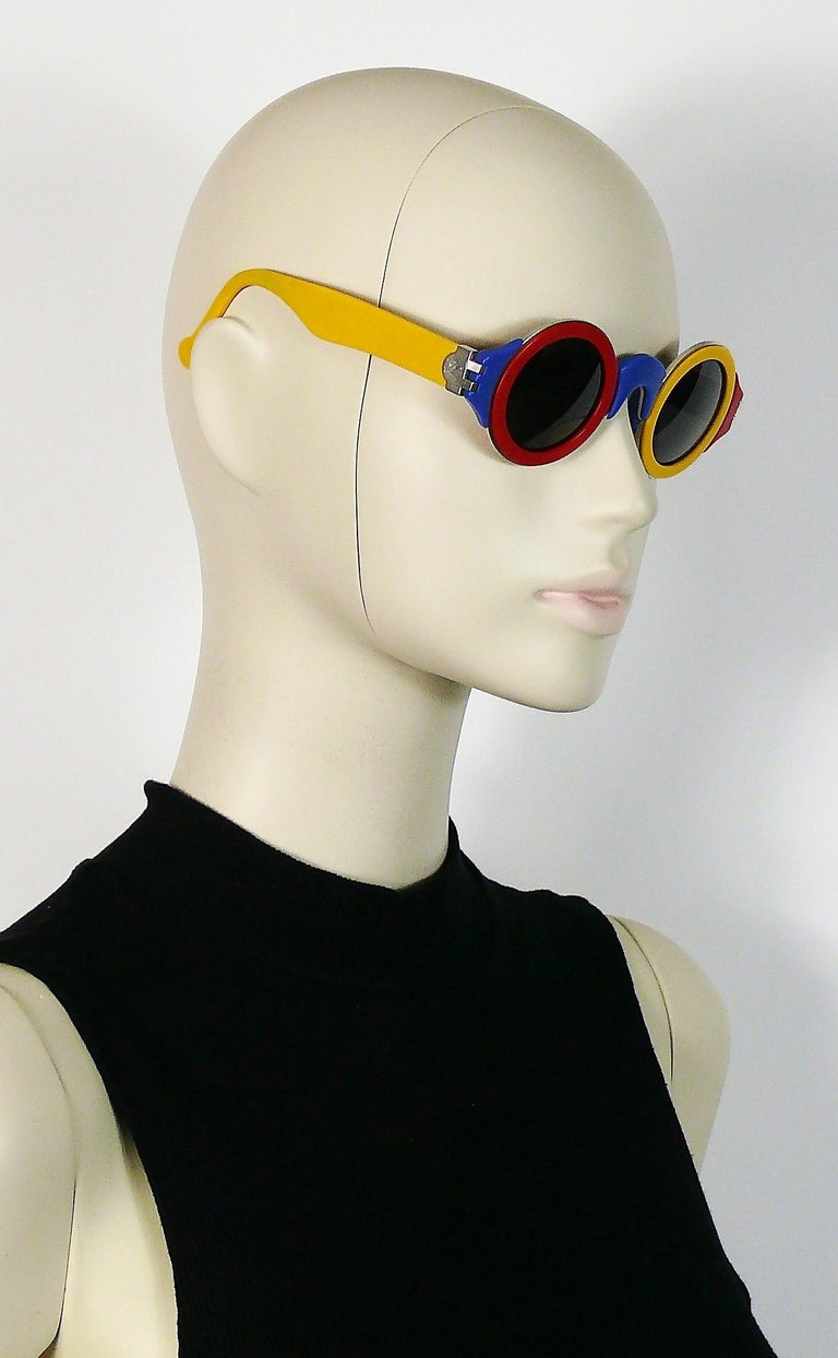 Karl Lagerfeld Vintage 1985 Limited Edition Colour Block Sunglasses In Good Condition For Sale In Nice, FR