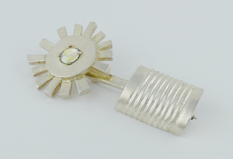 Karl Lagerfeld Vintage Abstract Flower in Pot Modernist Brooch In Good Condition For Sale In Nice, FR