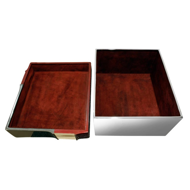 Karl Springer Exceptional Box in Glazierite with Bone, 1980s In Excellent Condition For Sale In New York, NY
