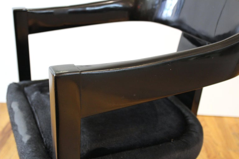 Karl Springer Modern 'Onassis' Black Lacquer Armchairs with Pony Hair Seats For Sale 2