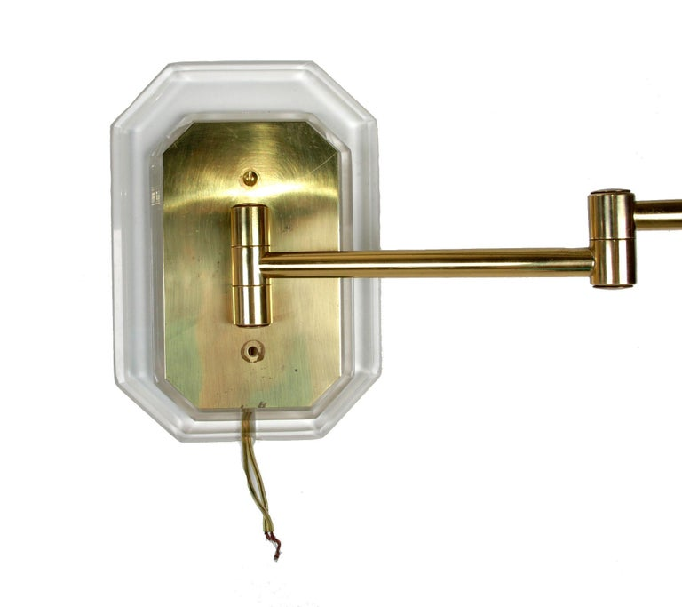 Mid-Century Modern Karl Springer Style Acrylic and Brass Swing Wall Sconces, a Pair For Sale