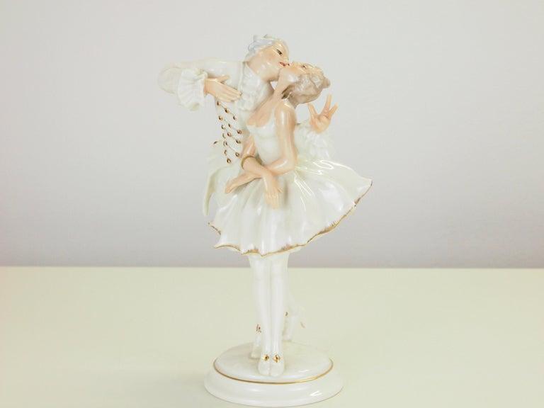 Karl Tutter for Hutschenreuther Selb Kunstabteiling Romantic Figurine For Sale 2