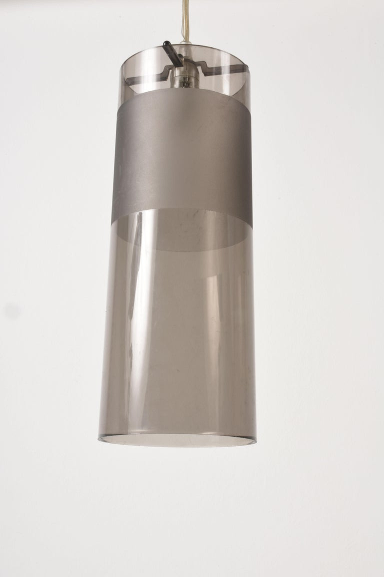 Kartell Easy Suspension Lamp Designed by Ferruccio Laviani, Color Grey, Italy In Good Condition For Sale In Roma, IT