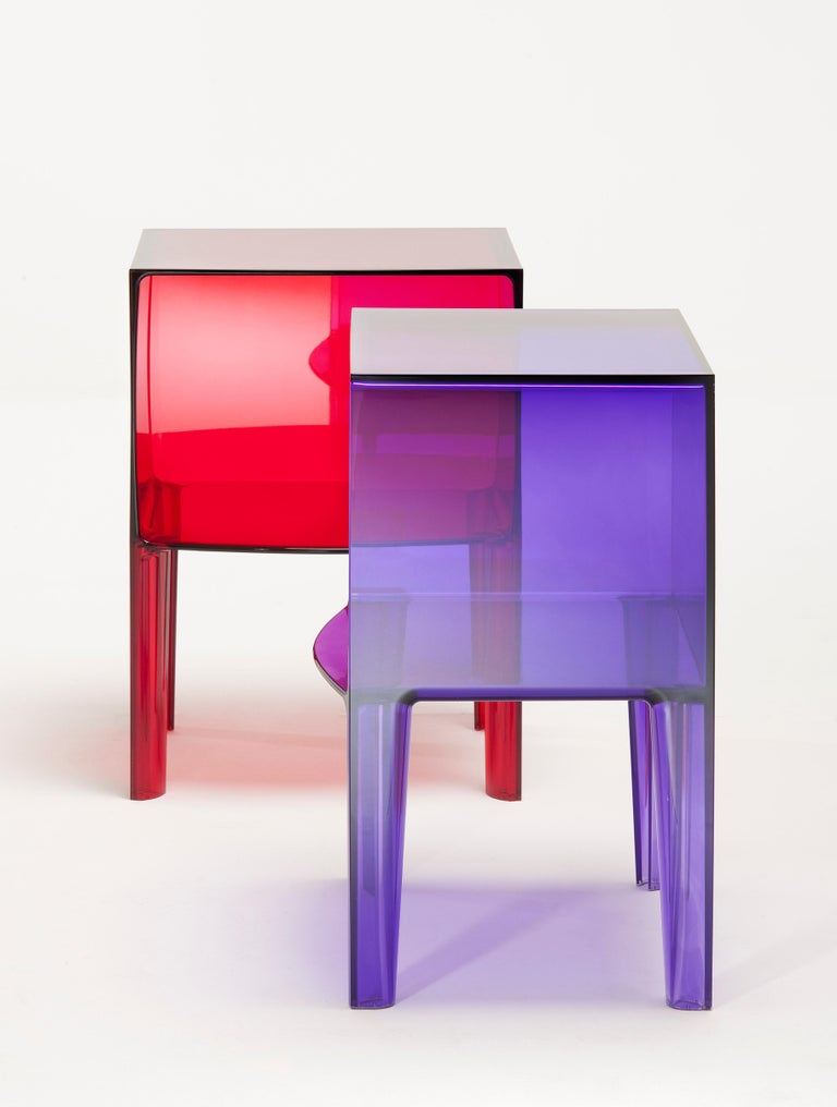 Kartell Ghost Buster Nightstand in Violet by Philippe Starck & Eugeni Quitllet In New Condition For Sale In New York, NY