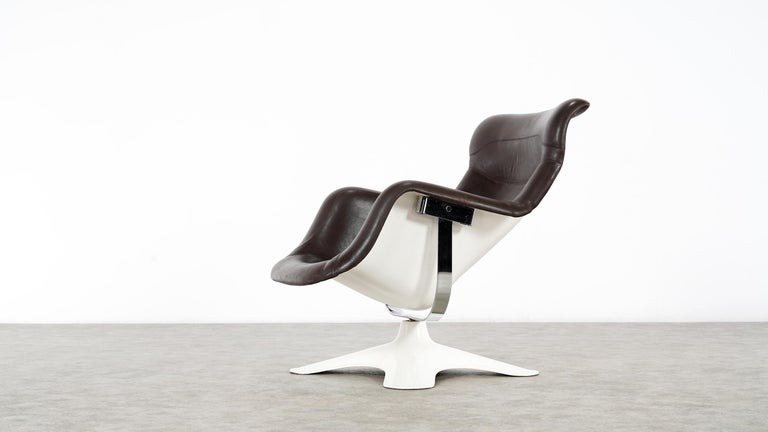 Finnish Karusselli Lounge Chair, Designed in 1964 by Yrjö Kukkapuro for Artek, Finland For Sale