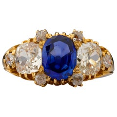 Kashmir Sapphire and Diamond Ring with Three Certifications for a Man or a Woman