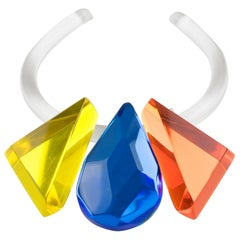 Kaso Blue Orange Yellow Lucite Choker Pendant Necklace