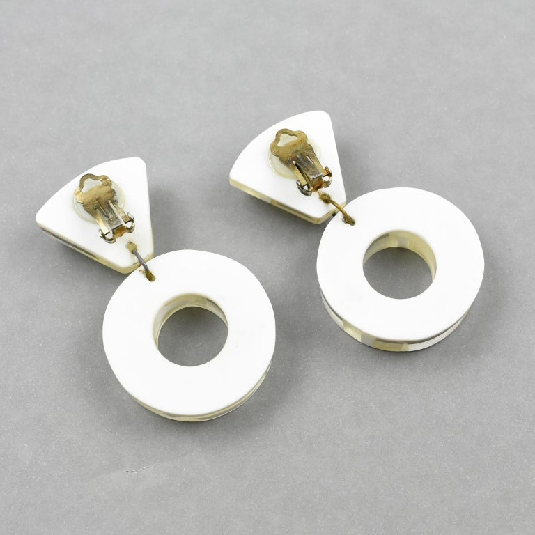 Kaso Dangle Frosted and Mirror Lucite Clip Earrings For Sale 2