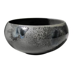 Kasper Würtz Cauldron Shaped Bowl in Black & Blue Glaze