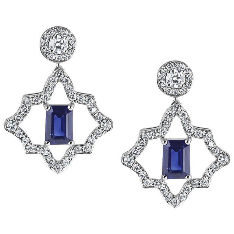 KATA 0.78ct Emerald Cut Deep Blue Sapphire and Diamond Platinum Stud Earrings For Sale