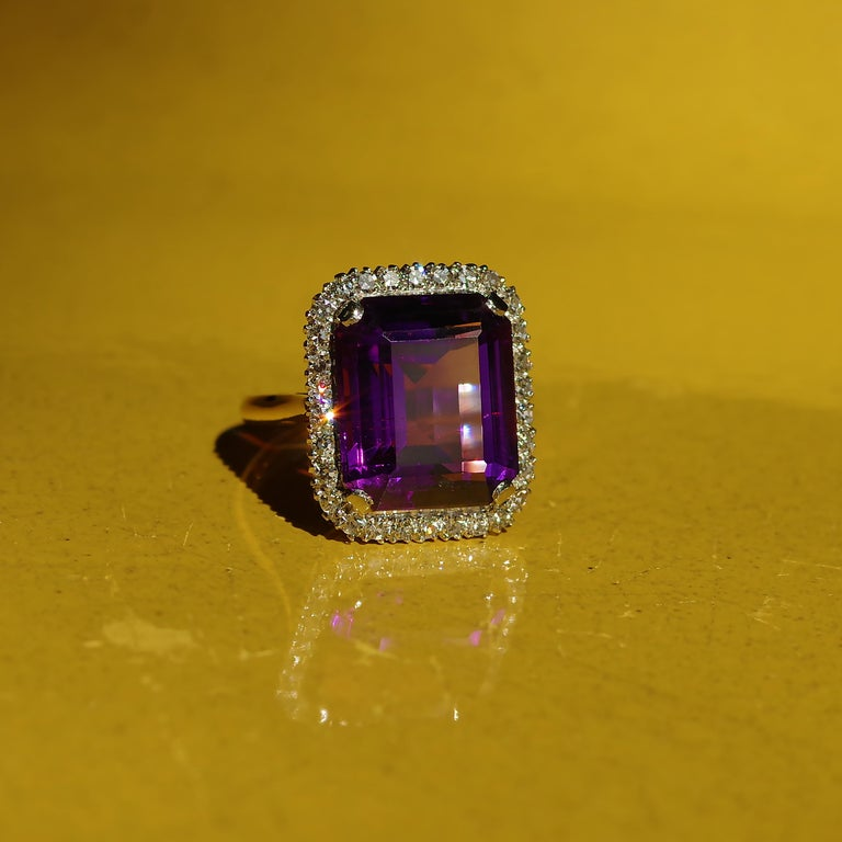Women's Kate Middleton's Engagement Ring Was Created By the Same Jeweler Who Made This For Sale