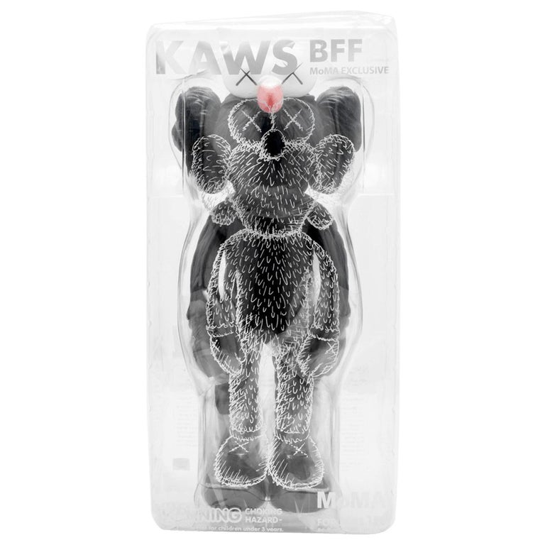 KAWS: BFF (Black) - Original Vinyl Sculpture, Street art, Pop Art. MOMA sold out For Sale 3