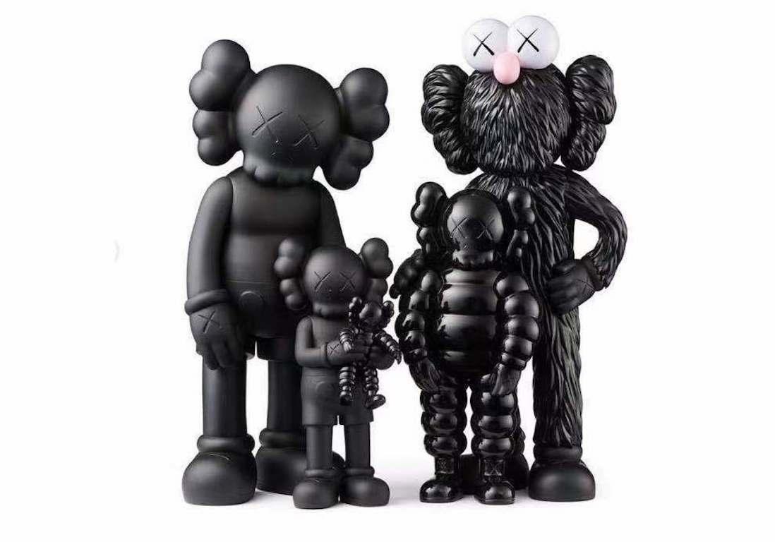 Kaws Family Black 2021