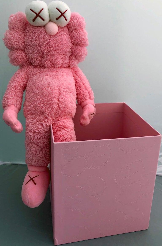 KAWS Pink BFF Plush (Kaws BFF plush limited edition) For Sale 1