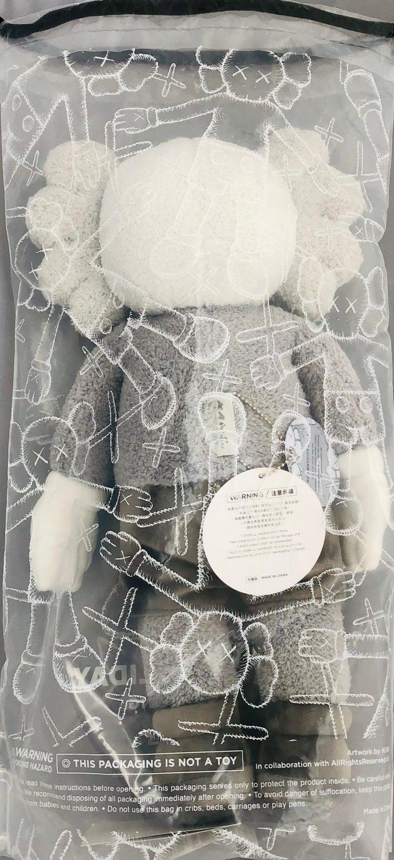 KAWS Plush Companion (KAWS plush grey)  For Sale 4