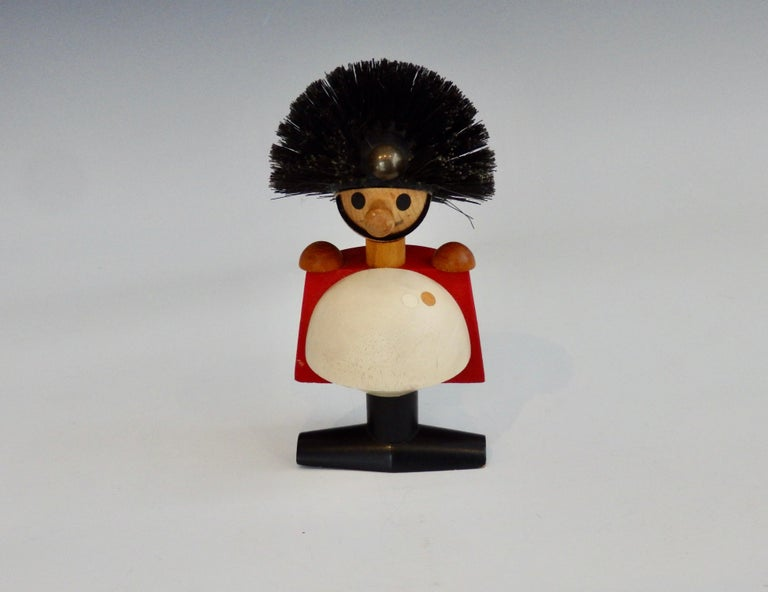 Kay Bojeson Laurids Lonborg Hand Painted Stout Guardsman Figure In Good Condition For Sale In Ferndale, MI