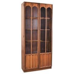 Keller Furniture MCM Lighted Display Cabinet Bookcase Style of Broyhill Brasilia