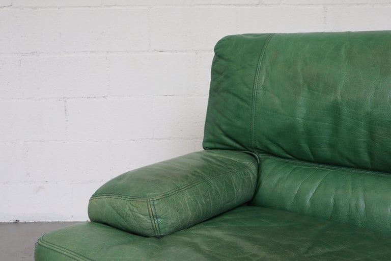 Kelly Green Leather Love Seat Sofa For Sale 2
