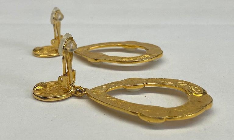 Kenneth Jay Lane 1980s Satin Gold Hoop Pendant earrings For Sale 6