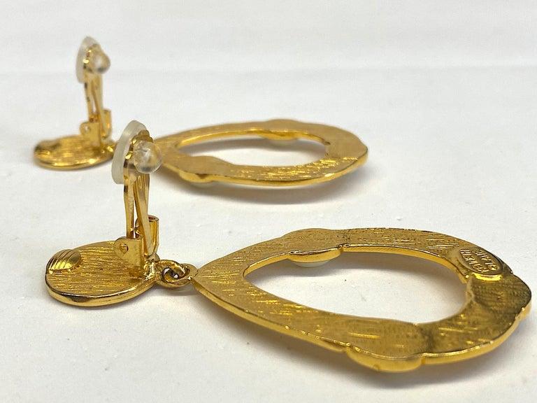 Kenneth Jay Lane 1980s Satin Gold Hoop Pendant earrings For Sale 7