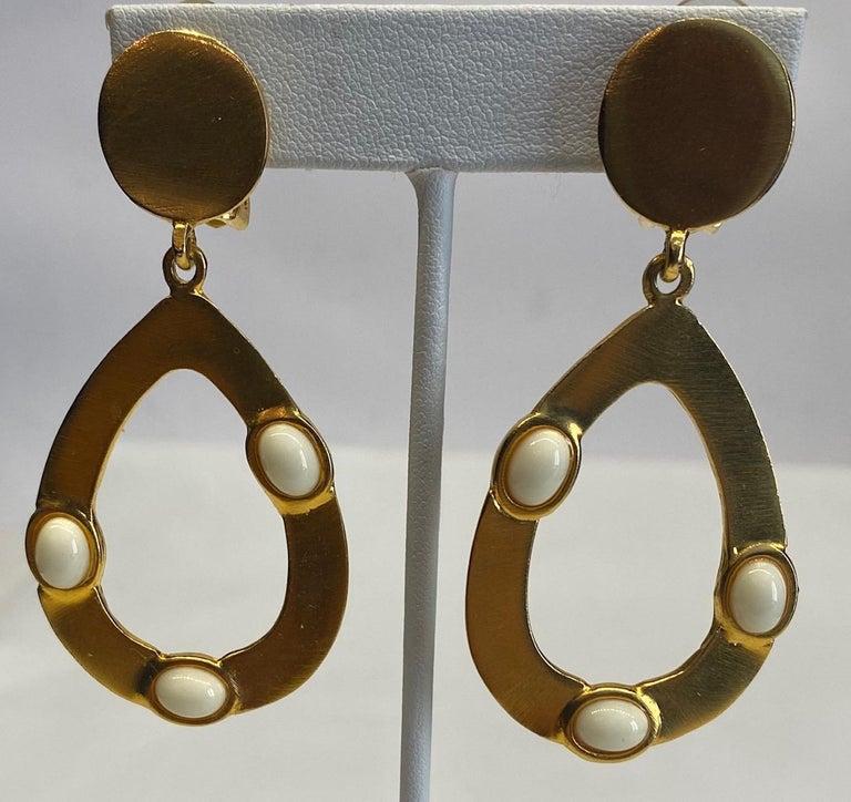 Women's Kenneth Jay Lane 1980s Satin Gold Hoop Pendant earrings For Sale