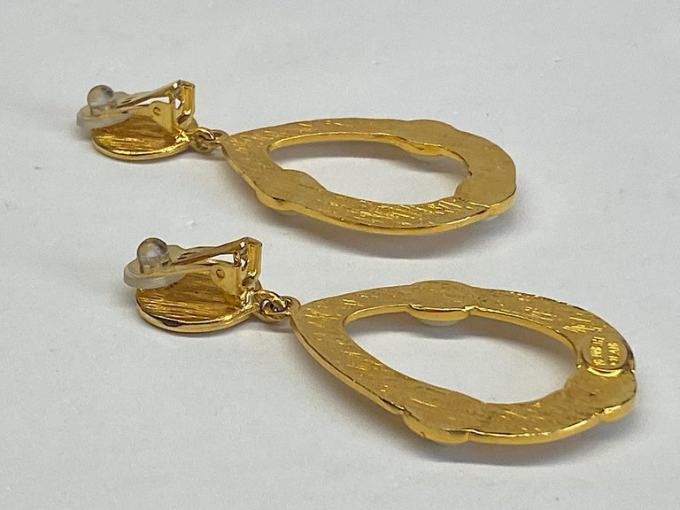 Kenneth Jay Lane 1980s Satin Gold Hoop Pendant earrings For Sale 5