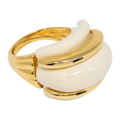 Kenneth Jay Lane Gold Double Ribbed Pearl Domed Cocktail Statement Ring