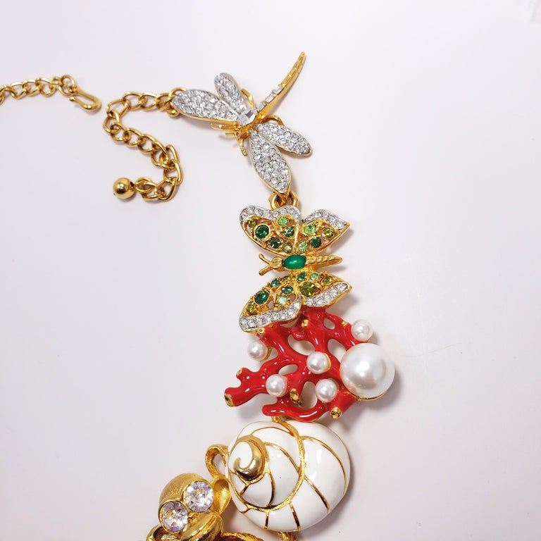 Kenneth Jay Lane Ornate Colorful Crystal Kaleidoscope Collar Necklace in Gold In New Condition For Sale In Milford, DE