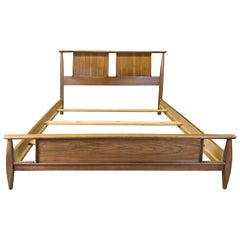 Kent Coffey Mid-Century Modern Eloquence Sculptural Walnut Full Double Bed MCM