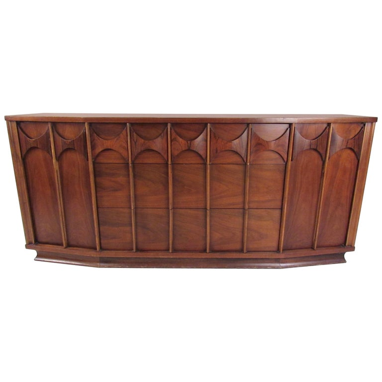 Kent Coffey Perspecta Dresser in Rosewood and Walnut For Sale