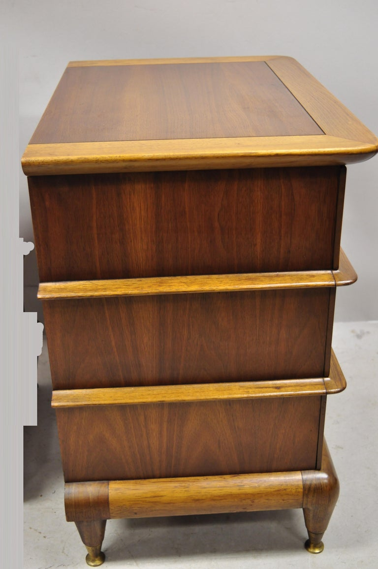 Kent Coffey The Appointment Midcentury Sculpted Walnut Nightstands, a Pair 5