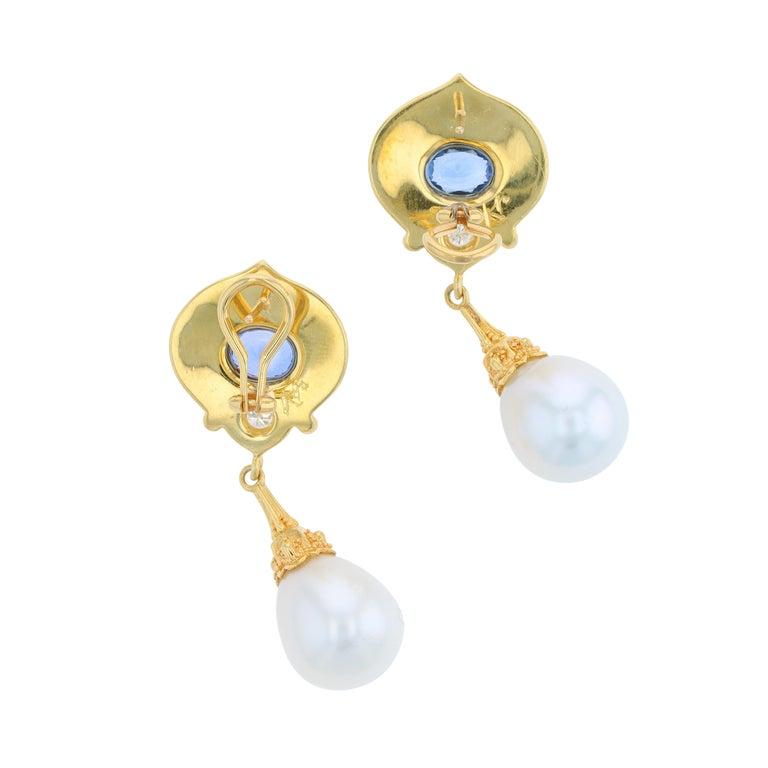 Women's or Men's Kent Raible 18 Karat Gold Blue Sapphire, Diamond, Pearl Dangle Earrings For Sale