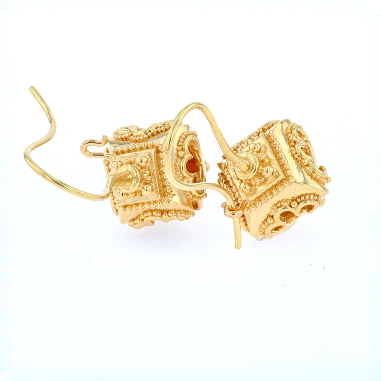 Kent Raible 18 Karat Gold 'Lantern Earrings' with Granulation Detail In New Condition For Sale In Mossrock, WA