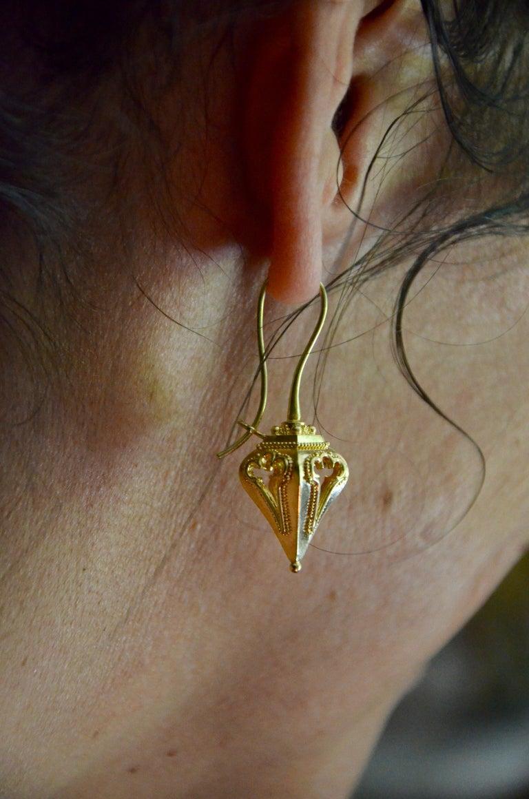 Kent Raible 18 Karat Gold 'Lantern Earrings' with Granulation Detail For Sale 2