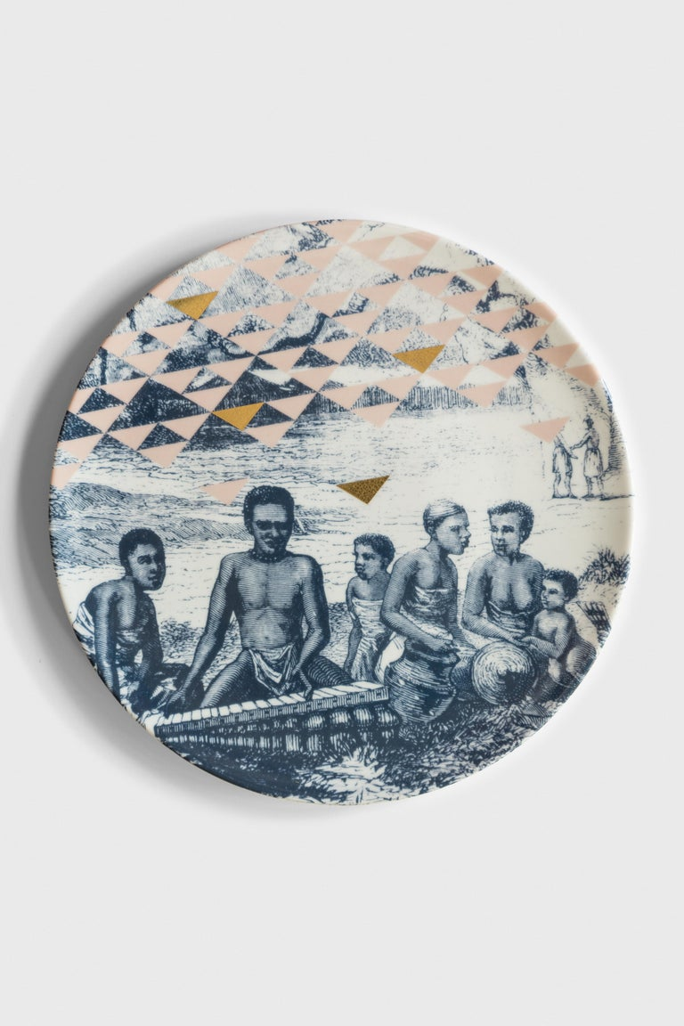 Kenya, Six Contemporary Porcelain Dinner Plates with Decorative Design For Sale 1