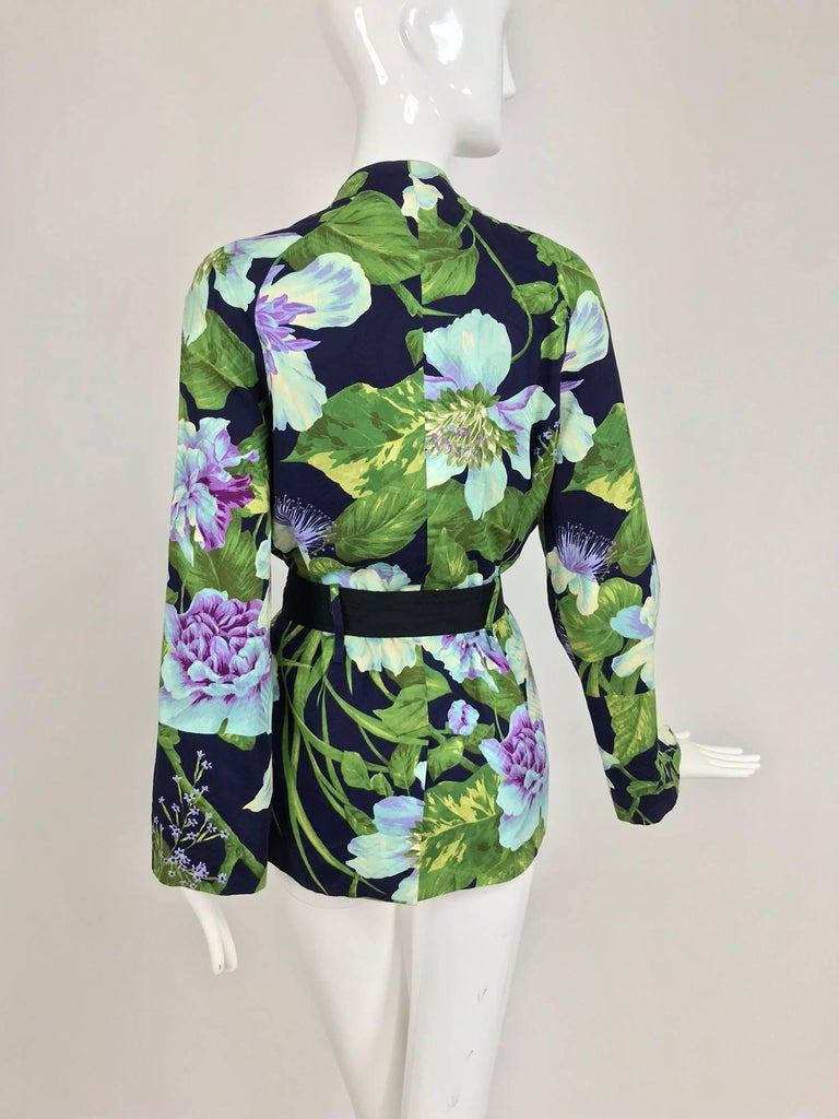Kenzo Jungle tropical cotton print wrap jacket, 1980s For Sale 1