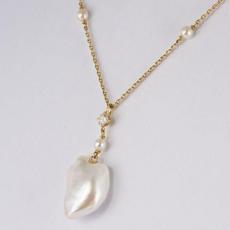 Keshi Natural Pearl Diamond Gold Pendant Necklace In New Condition For Sale In Poitiers, FR