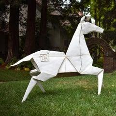 Pony (Monument) White 2/3 - Te Jui Fu