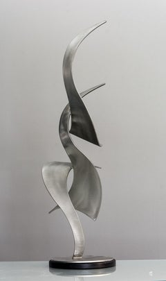Elegant Movements 195 - Ribbons of deftly cut stainless steel