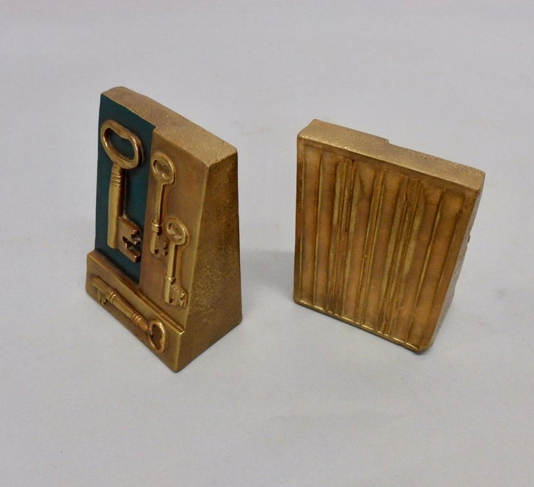 Key to Knowledge Bookends In Excellent Condition For Sale In Ferndale, MI