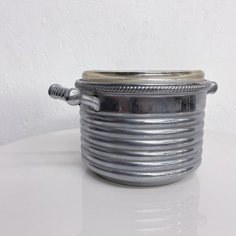 Keystoneware Chrome Ice Bucket Silver Rope Twist Handles USA, 1960s, Vintage In Fair Condition For Sale In National City, CA