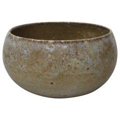 KH Würtz Cauldron Shaped Bowl Sandstone Glaze