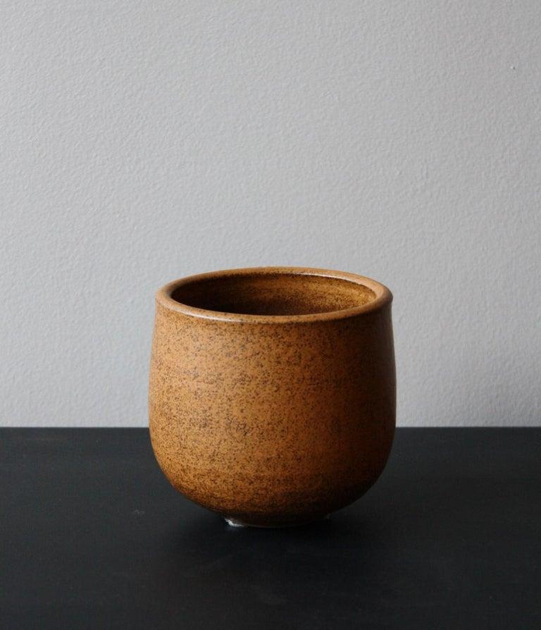 Mid-Century Modern KH Würtz Small Planter in Orange Glaze For Sale