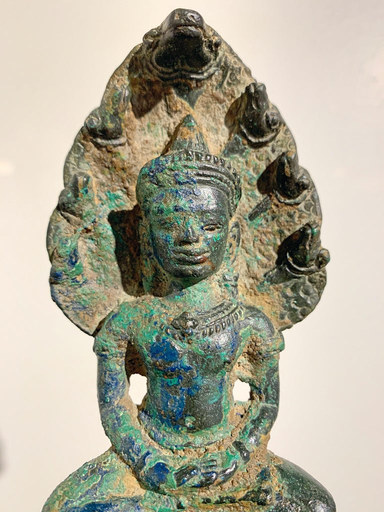 Khmer Bronze Buddha with Naga, Angkor Period, Style of the Bayon, 14th Century For Sale 2