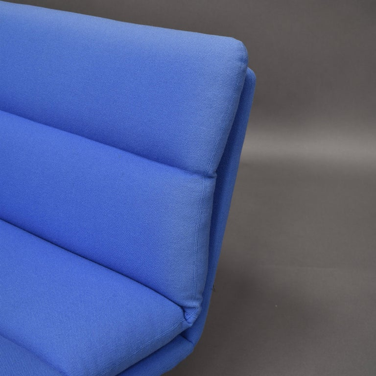 Kho Liang Ie C684 Three-Seat Sofa for Artifort, Netherlands, circa 1968 For Sale 6