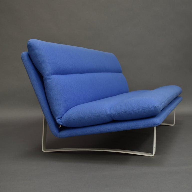 Metal Kho Liang Ie C684 Three-Seat Sofa for Artifort, Netherlands, circa 1968 For Sale